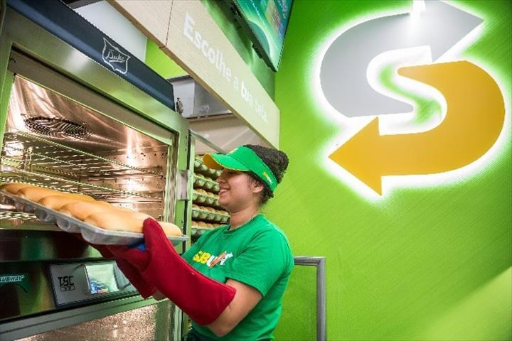 Subway chega a Cascais
