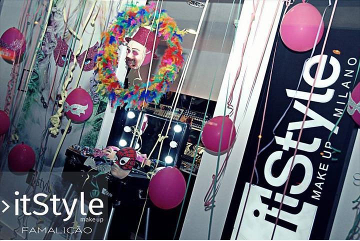 """""""A folia do Carnaval nas lojas ItStyle..."""""""