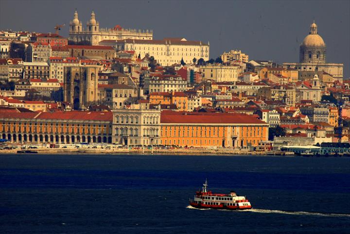 Jani-King Procura Franchisados Em Lisboa(Negócios Garantidos)