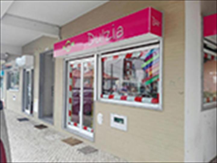 Dulzia inaugura nova loja em Portugal
