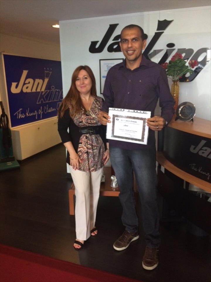 Novo Franchisado da Jani-King Completa Formação Inicial