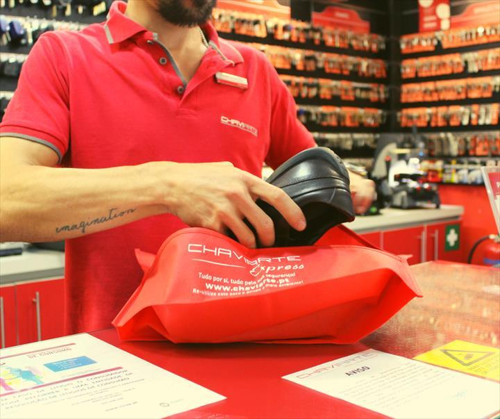 Chaviarte quer eliminar sacos de plástico em todas as lojas