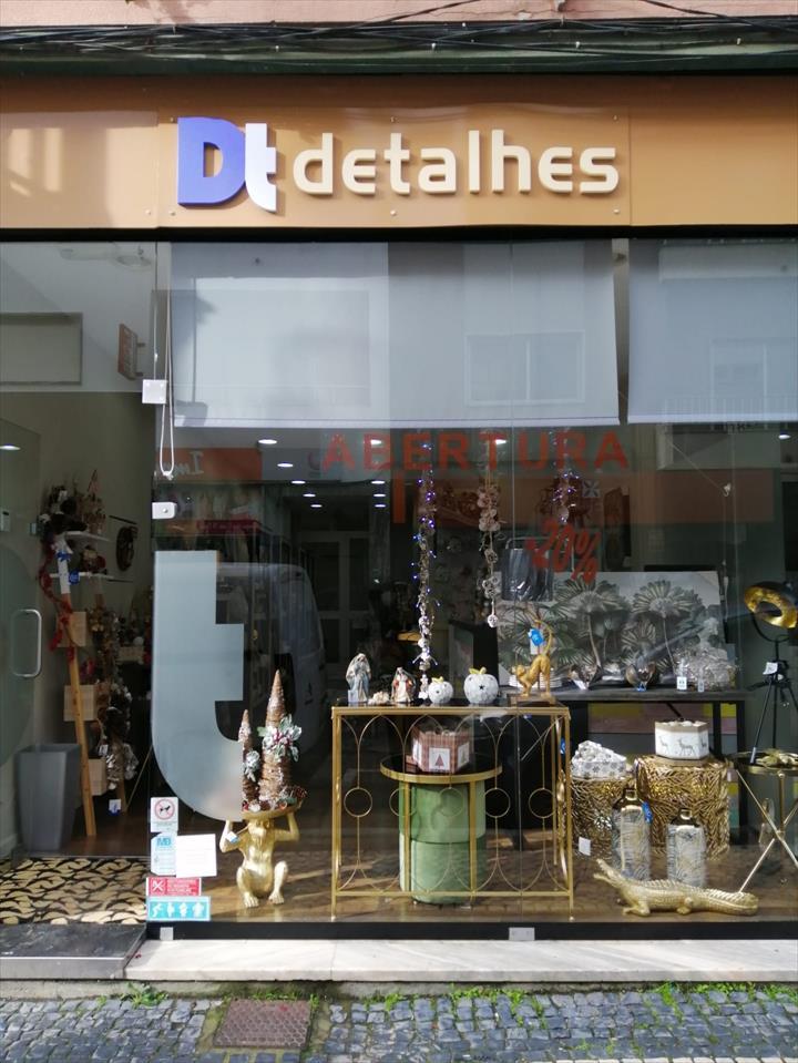 Dt Detalles inaugura a sua loja nas Caldas da Rainha para receber o NATAL!
